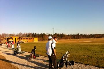 singles_in_muenchen_spielen_golf